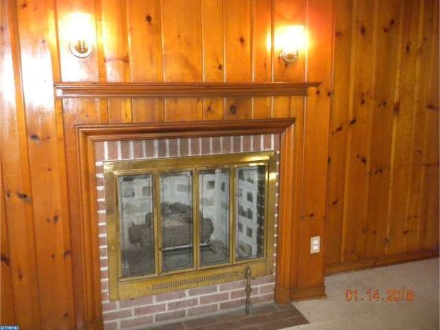 2304 Grand Ave, Morton PA 19070