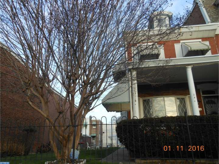2126 W 3rd St, Chester, PA