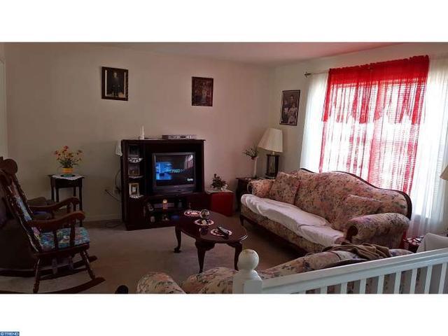 1478 S East Ave, Vineland NJ 08360
