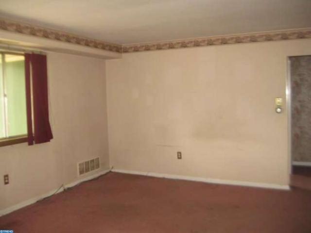 716 Arborwood, Clementon NJ 08021