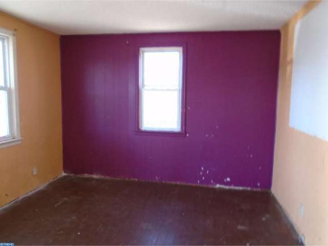 414 Laurel St, Vineland NJ 08360