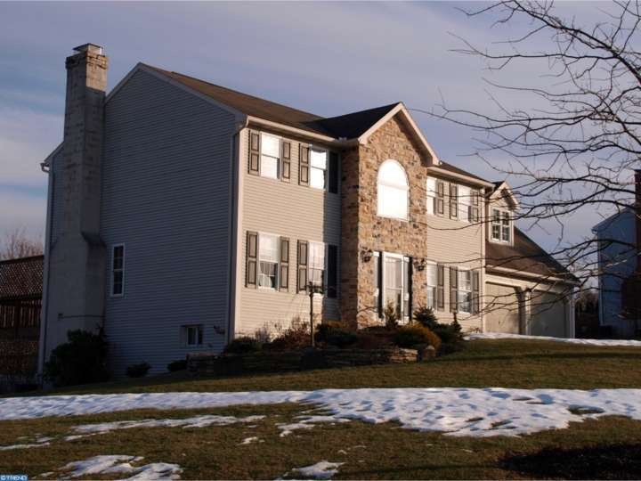 102 Jessica Meadows Dr, Oley, PA