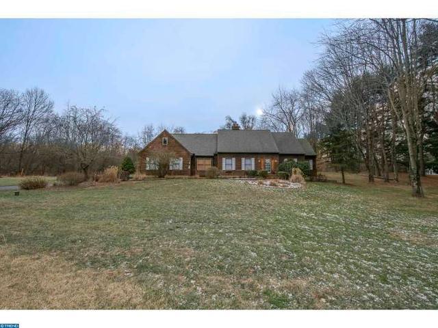422 Featherbed Ln, Glen Mills PA 19342