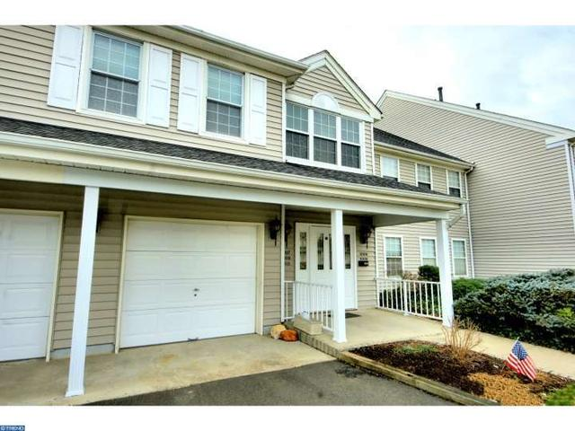 1010 Eagles Chase Dr, Lawrence Township NJ 08648