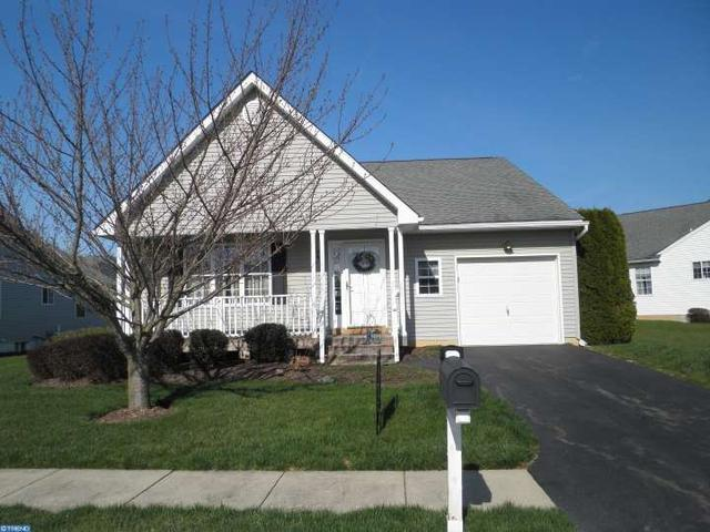 759 W Glenview Dr, West Grove PA 19390