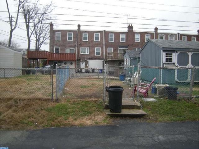 1042 W Ashland Ave, Glenolden PA 19036