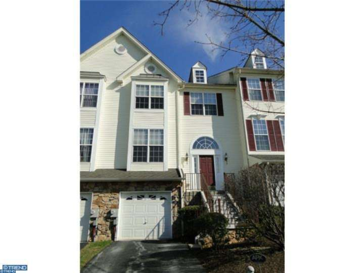 112 Fringetree Dr, West Chester, PA