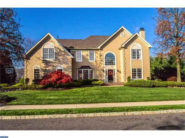 239 Country Club Dr, Moorestown, NJ