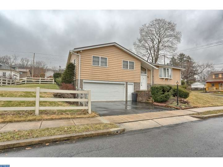 4201 10th ave temple pa 19560 mls 6736199 movoto