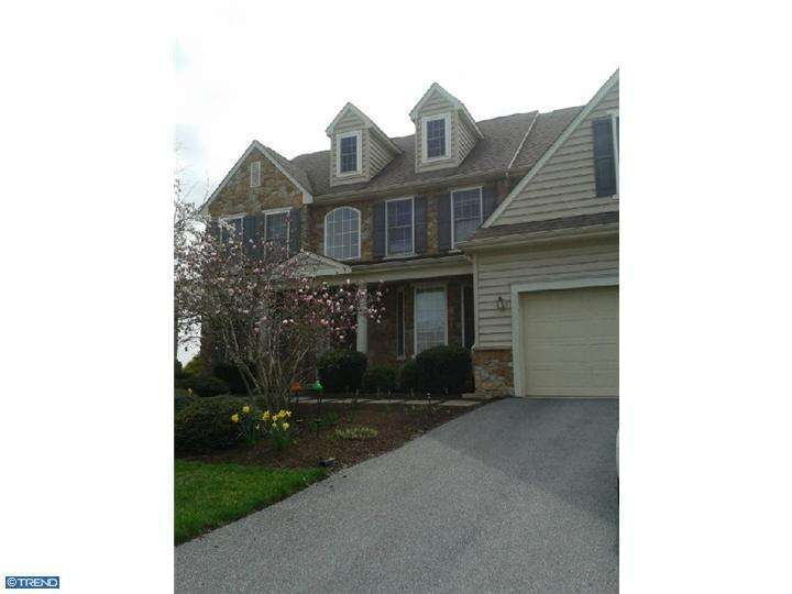 111 Turnberry Dr, Avondale, PA