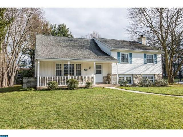 1571 Derry Dr, Dresher PA 19025