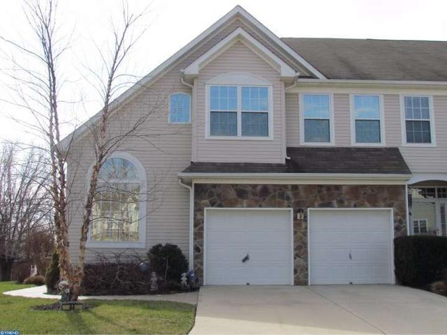 44 Cypress Point Rd, Mount Holly, NJ