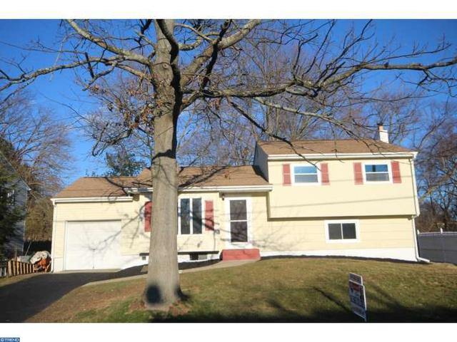 44 Copperfield Dr, Hamilton, NJ 08610