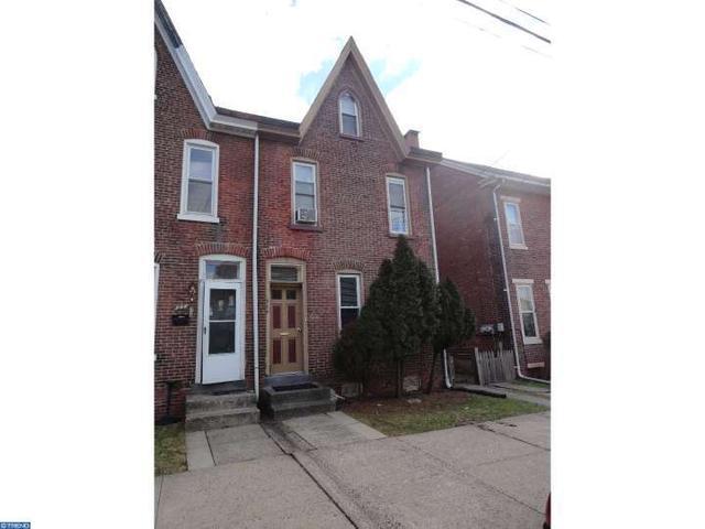 944 Queen St, Pottstown, PA