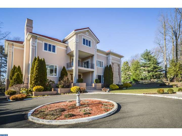 1439 Byberry Rd, Huntingdon Valley, PA