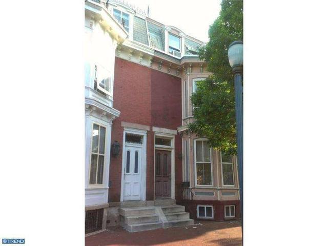 103 Linden St, Camden, NJ 08102
