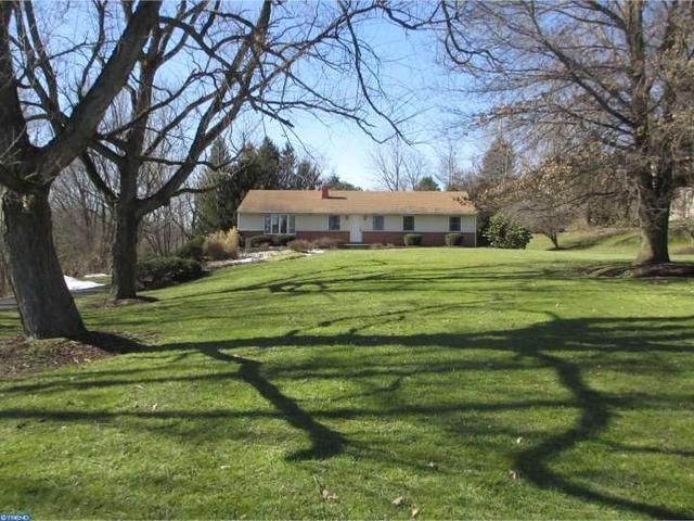 421 N Guernsey Rd, West Grove PA 19390