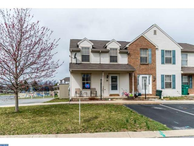 21 Laurel Dr, Myerstown PA 17067