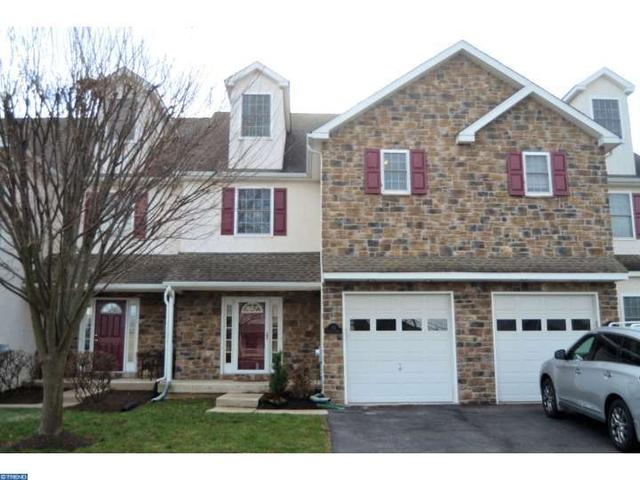 115 Bentley Dr, Collegeville PA 19426