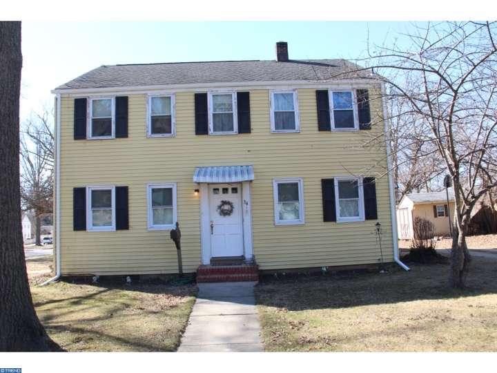 34 Grant St, Woodstown, NJ 08098