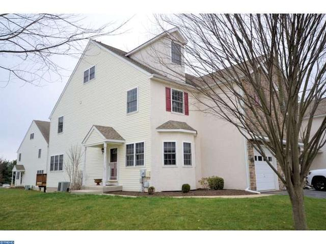 111 Bentley Dr, Collegeville PA 19426