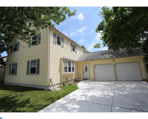 50 Lakeview Dr, Cherry Hill, NJ 08003