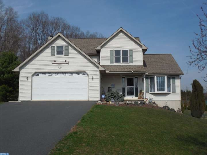 37 Woodlawn Dr, Schuylkill Haven, PA