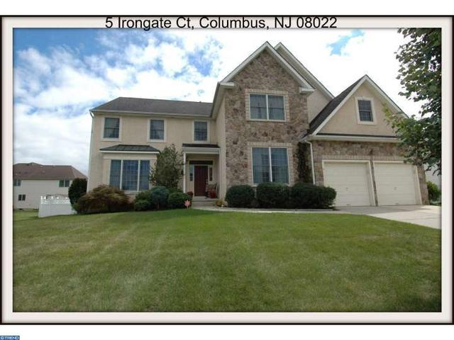 5 Irongate Ct Columbus, NJ 08022