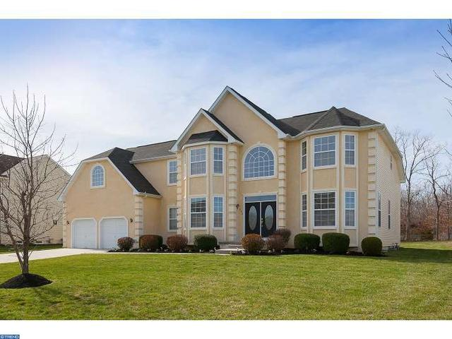 132 Golden Meadow Ln, Sicklerville, NJ