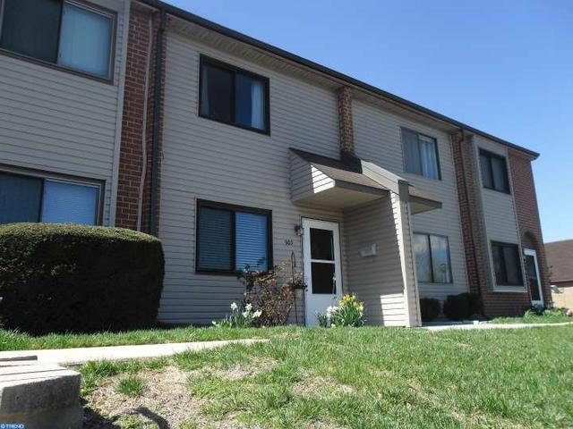 903 Valley Dr, West Chester PA 19382