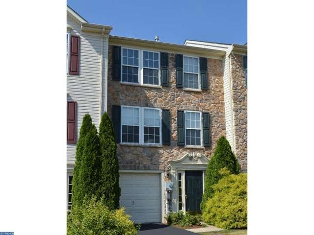 418 Terrace Dr, Quakertown, PA