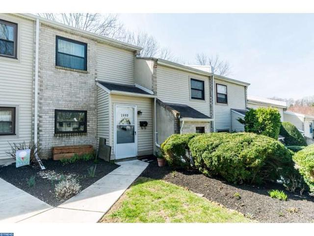 2009 Valley Dr, West Chester PA 19382