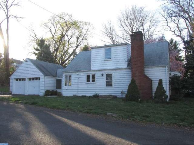 401 Hillside Ave, Morrisville PA 19067