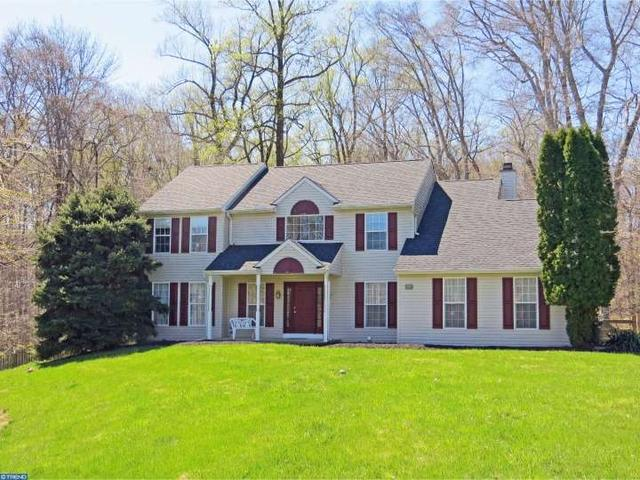 3233 Charles Griffin Dr, Garnet Valley PA 19060