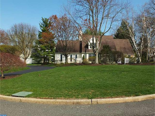 200 Grouse Ln, Wayne, PA 19087