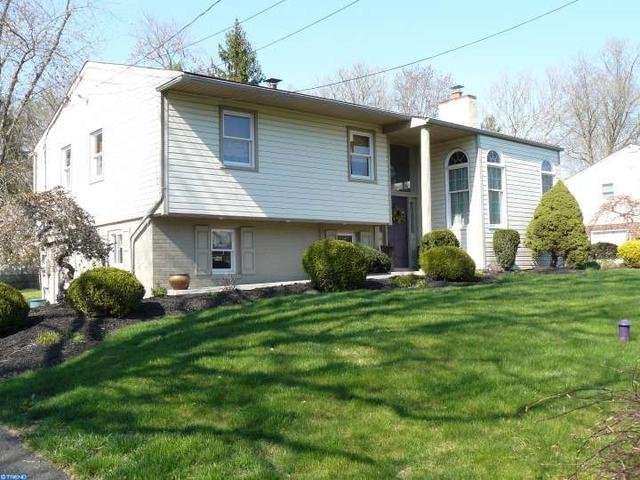 141 Blue Jay Rd, Chalfont PA 18914