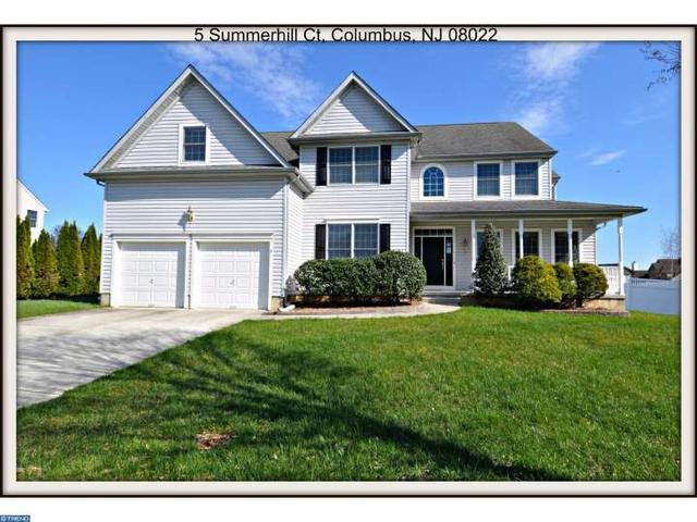 5 Summerhill Ct Columbus, NJ 08022