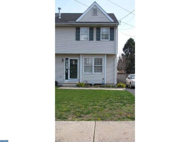 117 Clymer Ave, Morrisville PA 19067