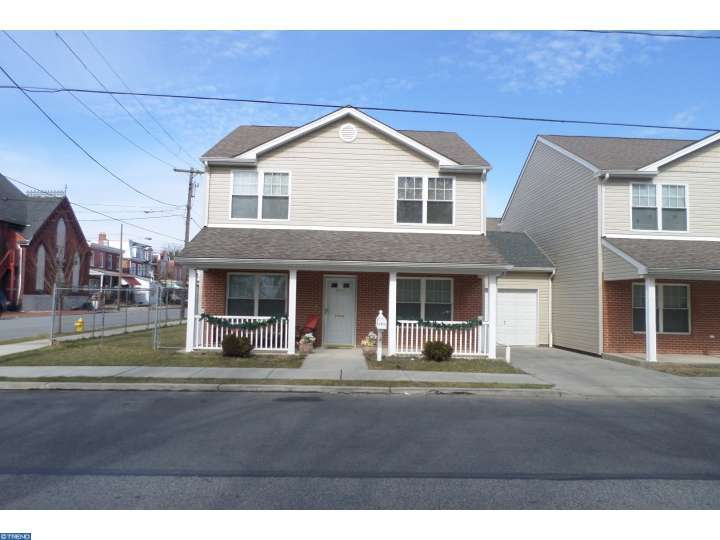 2012 W 3rd St, Chester, PA