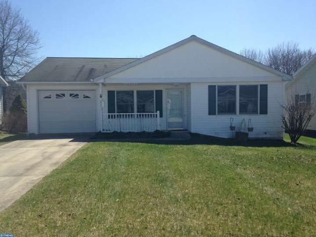 812 Canal Dr, Pine Grove, PA