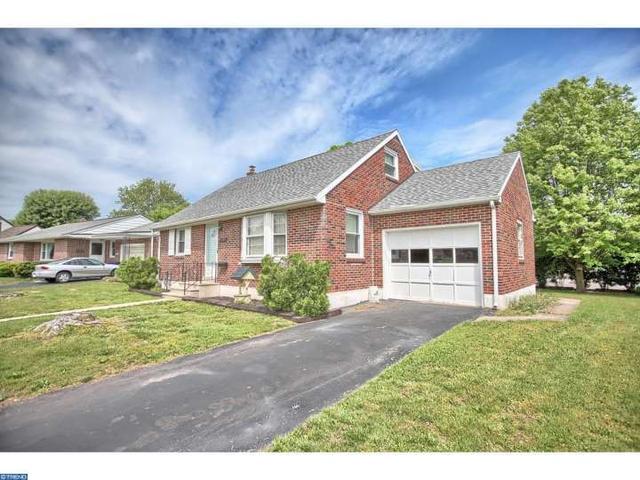 1523 Cherry Ln, Pottstown, PA