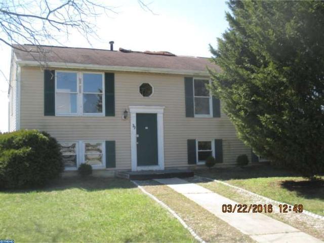 39 Drexel Gate Dr, Sicklerville NJ 08081