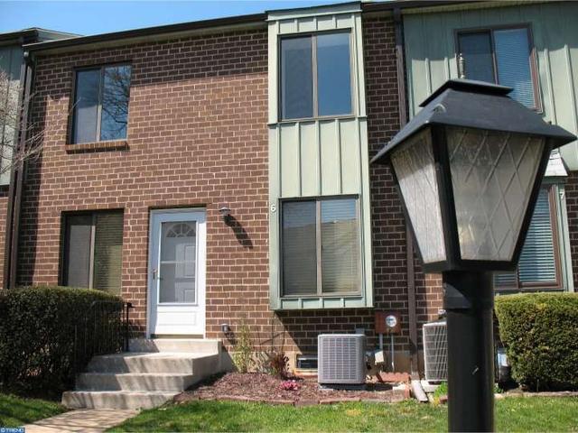 5200 Hilltop Dr #APT L6, Brookhaven PA 19015