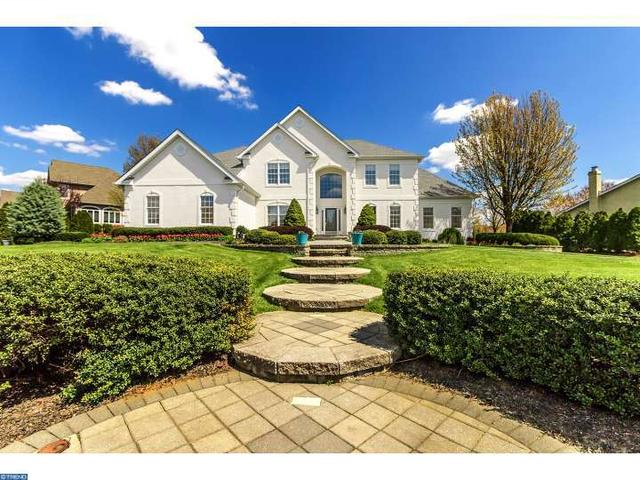102 Muirfield Ct, Moorestown, NJ