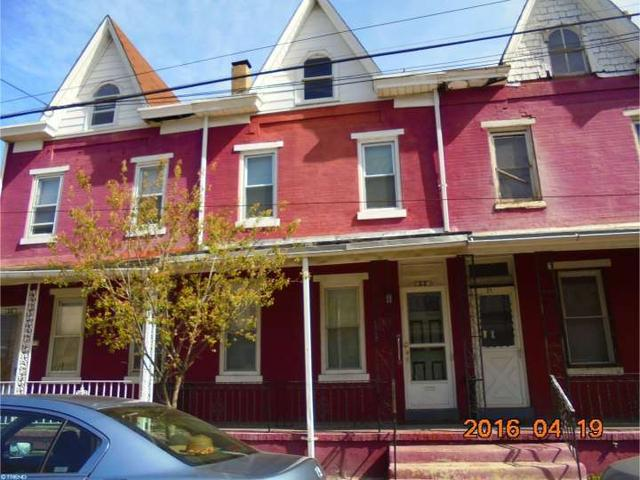 33 Ward Ave, Trenton, NJ 08609