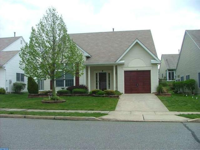 43 Wagon Wheel Ln Columbus, NJ 08022