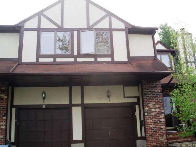 1 Tudor Ct Trenton, NJ 08628