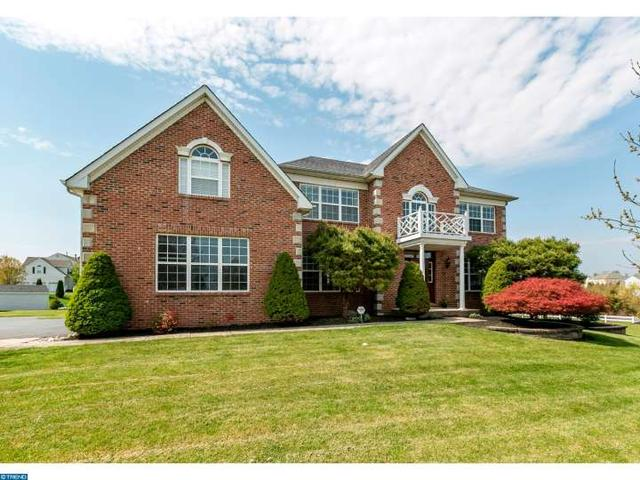 569 Tawnyberry Ln Collegeville, PA 19426