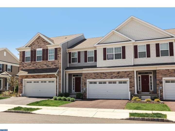 316 Fairfield Cir, Royersford, PA