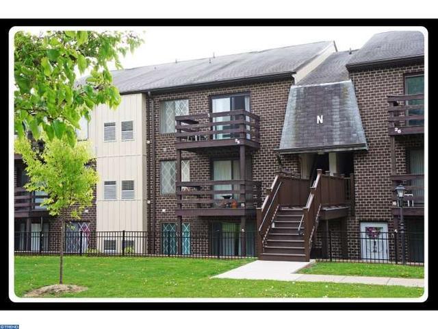 5200 Hilltop Dr #APT N25, Brookhaven PA 19015